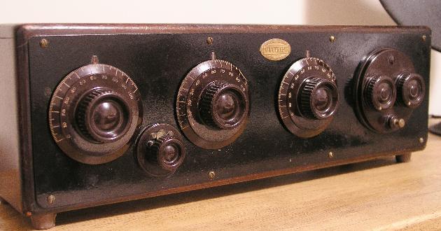 RadioDials Page1 together with JnQ9UmVwcm9kdWN0aW9uIFJhZGlvIERpYWwgR2xhc3MmZT0 additionally RadioDials Page2 further B2xkIHJhZGlvIGRpYWxz together with RadioDials Page1. on original dial scales reproduction radio dials