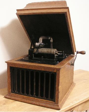 Edison Amberola Model DX Cylinder Phonograph